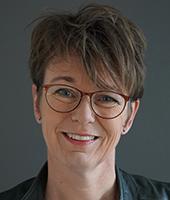 dr. Jacqueline van Kruiningen